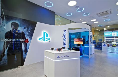 #007 Sony Playstation Boutique Store Design - Custom