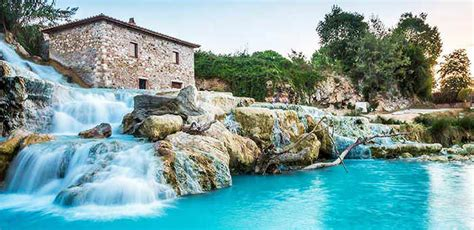The wonderful hot springs of Tuscany: Cascate del Mulino