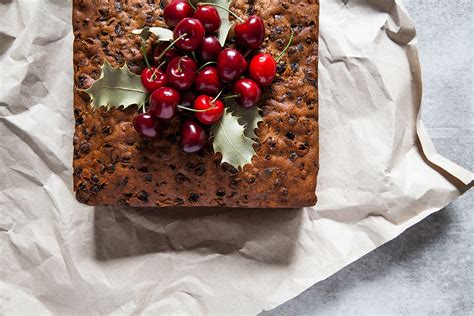 Traditional rich fruitcake | Christmas recipes | SBS Food