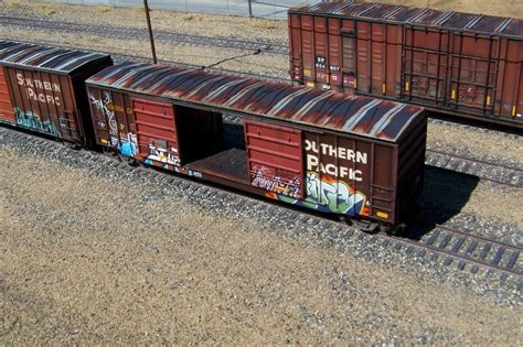 GARY'S 52' SOUTHERN PACIFIC DOUBLE DOOR BOXCAR