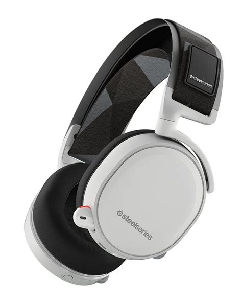 More images revealed for the SteelSeries Arctis 7 Wireless