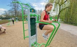 Le fitnesss'ouvre au grand air