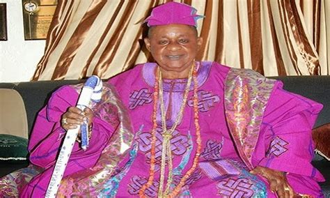 Alaafin Distances Oyo Traditional Rulers From $2