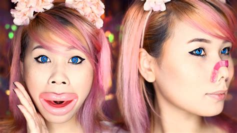 Testing 5 Weird Asian Beauty Products | Face Slimmer Tool