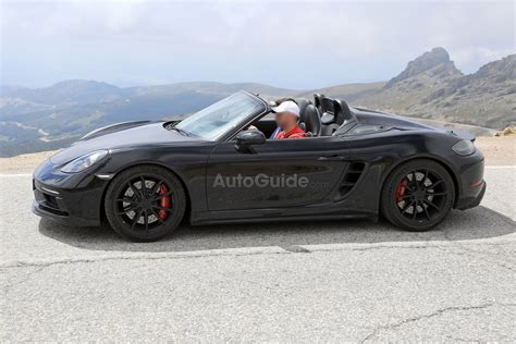 2019 Porsche 718 Boxster Spyder Spied With its Top Down