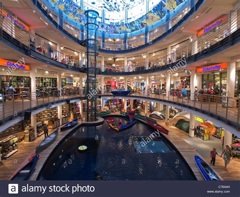 Large atrium with pool for testing canoes and kayaks in