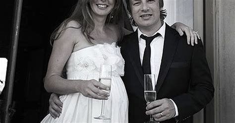 Jamie and Jools Oliver celebrate 10 years of marriage