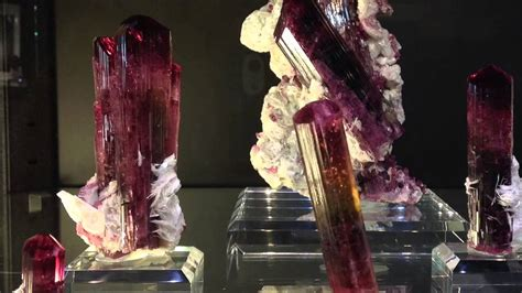 Tucson Gem and Mineral Show - YouTube