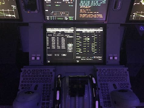 Thales Explains Connected Cockpit Approach Behind 2020s